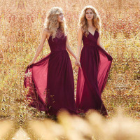 Sexy Burgundy Bridesmaid Dress Top Lace Chiffon Pleat Party Dress Custom Made Beautiful Bridemaids Dresses Bridal Dresses