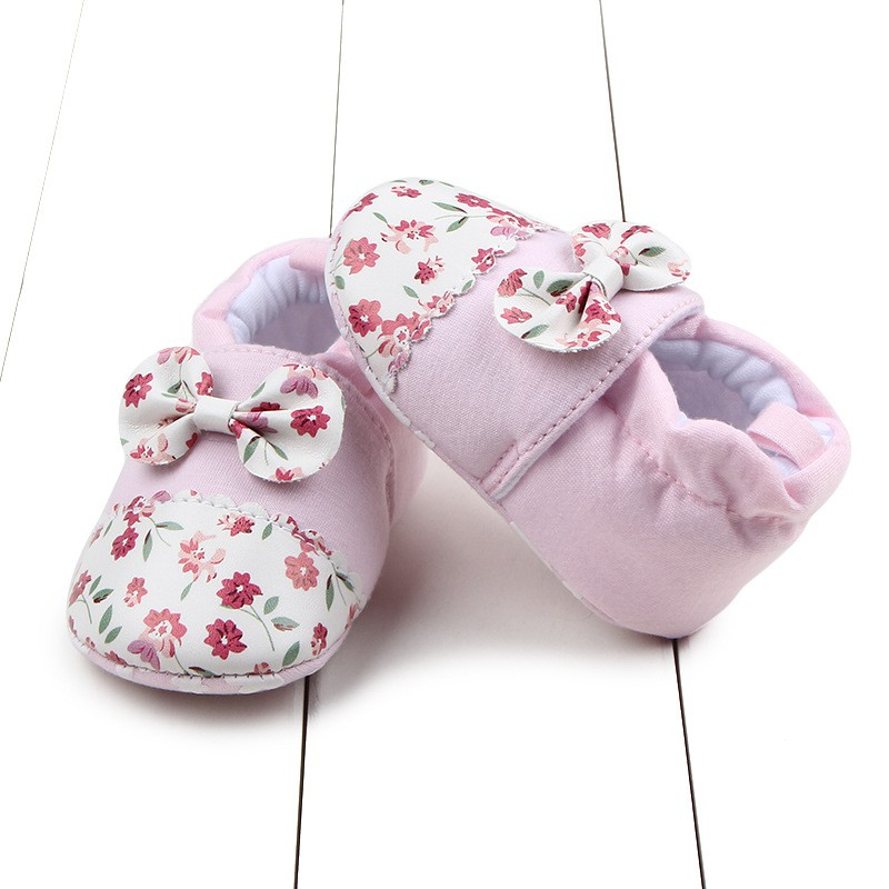 Soft Baby Girl Shoes Spring Autumn Flower Cartoon Lovely Infants Sneakers First Walker