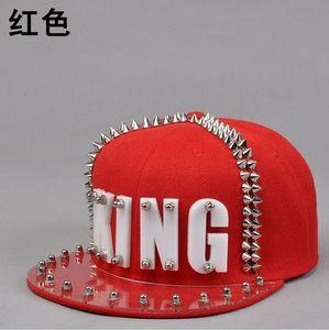 Image 2 - Płyta akrylowa Spike ćwieki nit KING czapka z daszkiem kobiety i mężczyźni uliczny punk Rock Hiphop czapki z daszkiem