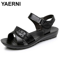 YAERNI 2017 Summer New Fashion Woman Sandals Mother Large Size Flat Leather Sandals Slip Comfort Elderly