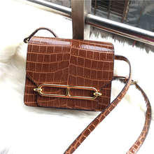 2019  New Pig Nose Crocodile Stripes Across The Leather Bag Bags for Women 2019