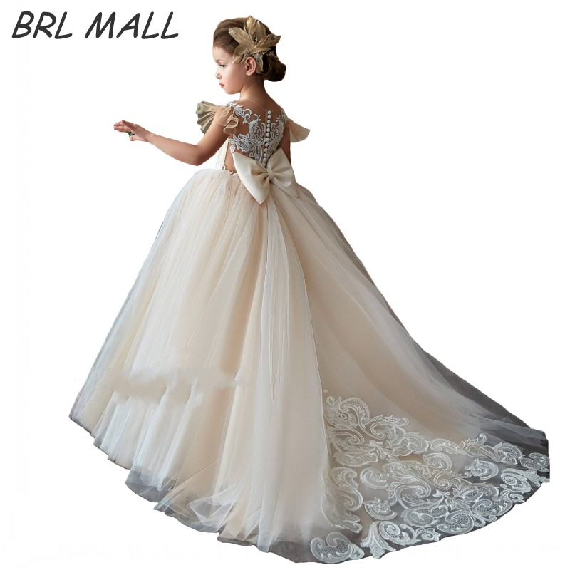 Gorgeous 2019 New Champagne   Flower     Girl     Dresses   with Train Lace Appliques Kids Ball gown Short sleeves   Girls   Pageant   Dresses