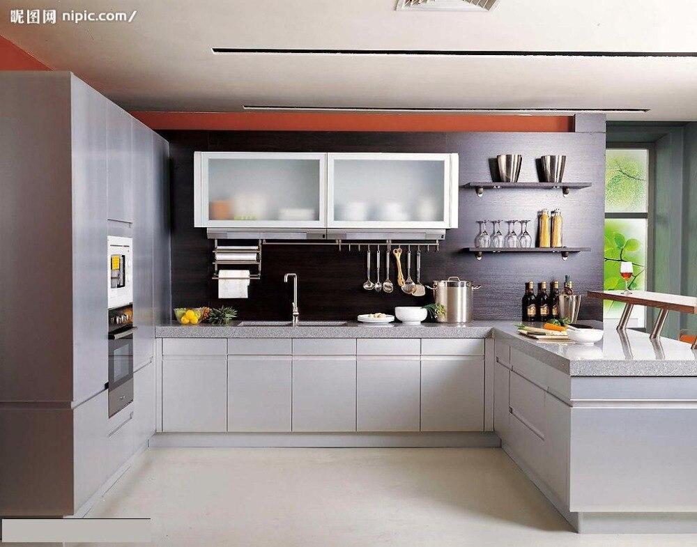 en forma de u de gabinete de la cocina moderna