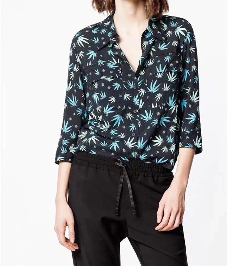女性の二重ポケットメープルリーフプリントブラウス 2019 新ターンダウン襟カジュアルシャツ  グループ上の レディース衣服 からの ブラウス & シャツ の中 1