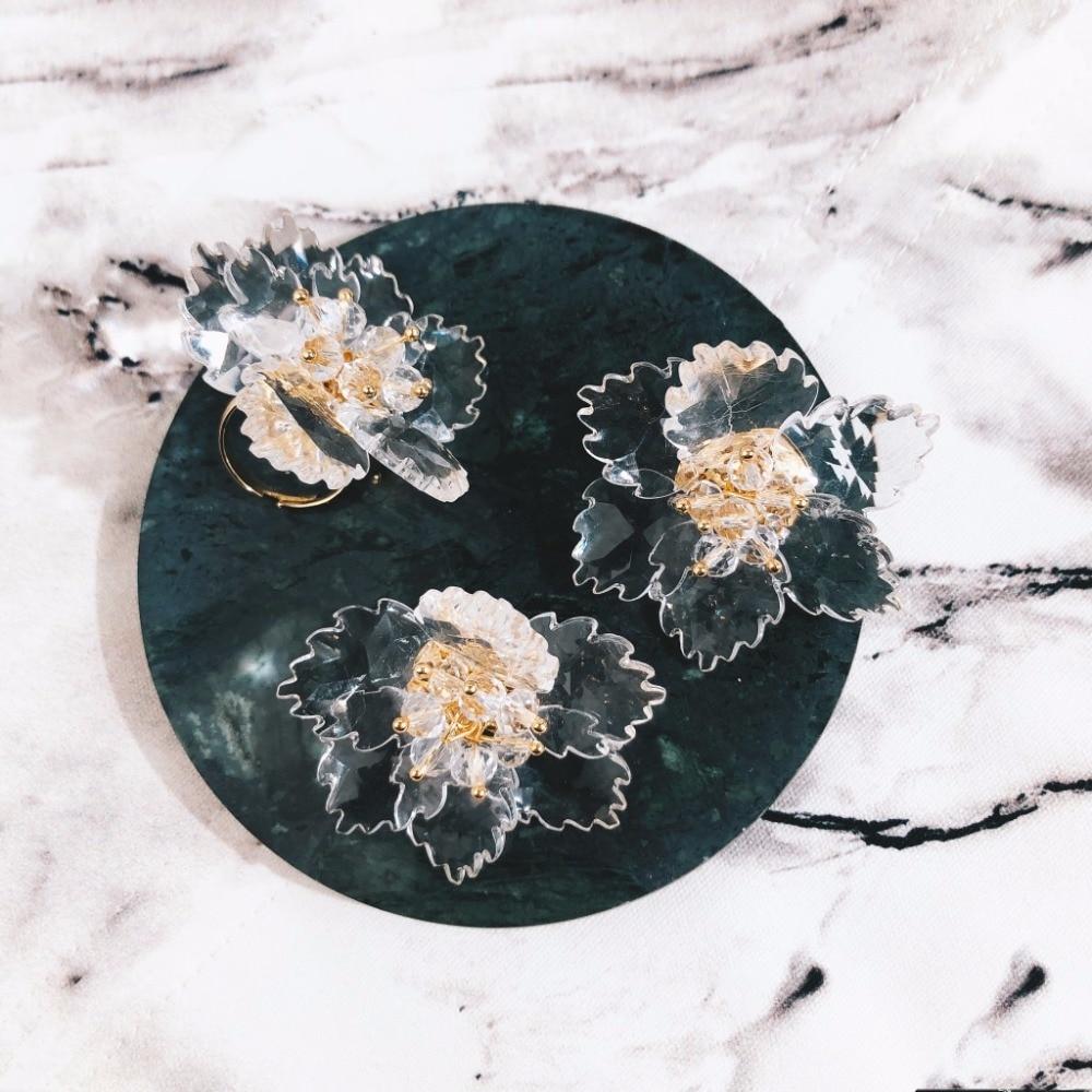 Transparent Acrylic FlowerRings 2