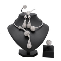 New Exquisite Dubai Jewelry Set Luxury Silver Color Big Nigerian Wedding African Beads Jewelry Set Costume