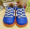 Hecho a mano Azul Marino Del Bebé de la Zapatilla Suela Squeaky Zapatos Primavera Otoño Antideslizante Zapatos Del Niño Del Envío Libre