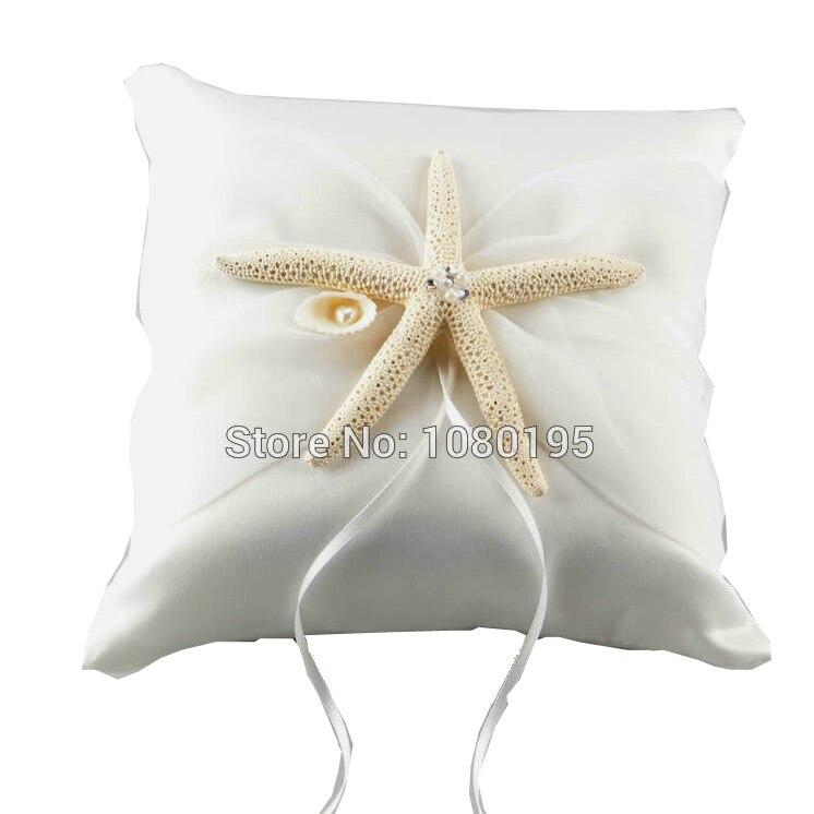 Matrimonio Spiaggia Decorazioni : Bianco starfish satin wedding ring pillow per matrimonio sulla