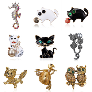 Vintage Gold Silver color Metal Elk Brooches Pin Lucky Animal Garment Fashion Men Women Jewelry Scarf Accessory Gift New arrival(China)