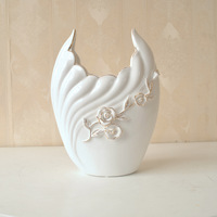 Serves creative fashion personality relief ceramics Decoration European style garden flowers into a vase flower 26027