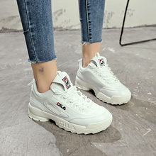 7177b7e727 2019 Mulheres Running Shoes Branco Rosa Barato Onda Tênis Mulher Plataforma  Respirável sapatos de Amortecimento Triple