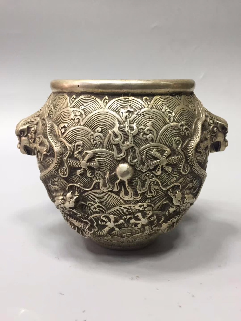 Art Collection Tibet Silver Old Handmade Pot /chinese Antique Pot High Quality And Low Overhead Home Decor Home/desk Decoration Dragon Pot Metal Crafts