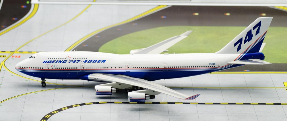 Limited IF 1: 200 Boeing Original painting B747-400ER aircraft model alloy Perfect collection model