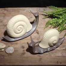 Minimalist ceramic snails lovers home decor crafts room decoration handicraft ornament porcelain figurines wedding