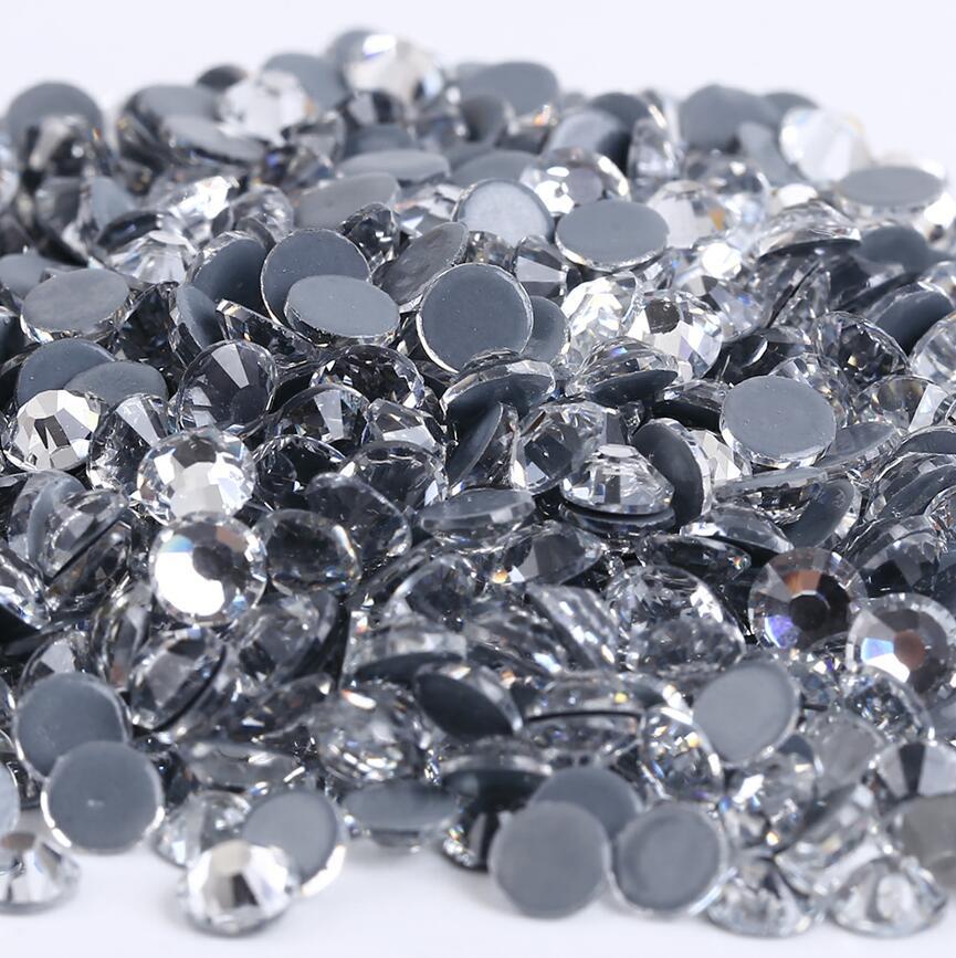 Все размеры 40 цветов кристалл AB исправление стразы, Стекло Стразы исправленное железо на Стразы для дизайна ногтей шитье и ткань Decoretion - Цвет: Crystal Clear