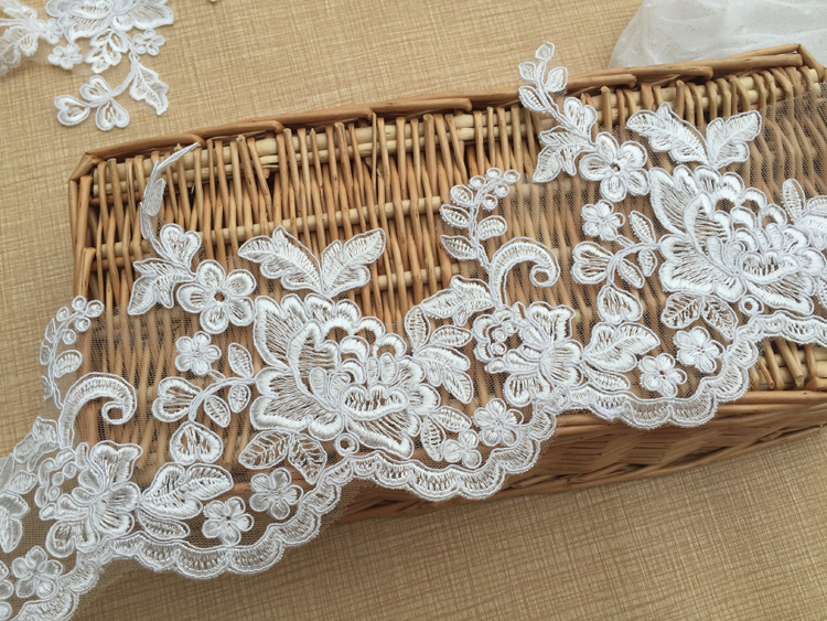 July latest design peony lace trim fine workmanship off white light ivory wedding lace trimming embroidery bridal veil lace 5yrd