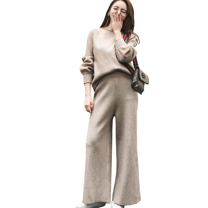 Women Knitting Sweater Wide Leg Pants Suit Spring Top 2018 New Fashion Lantern sleeve Two Piece Set Loose Female Tracksuit X448 cropped wide sleeve top