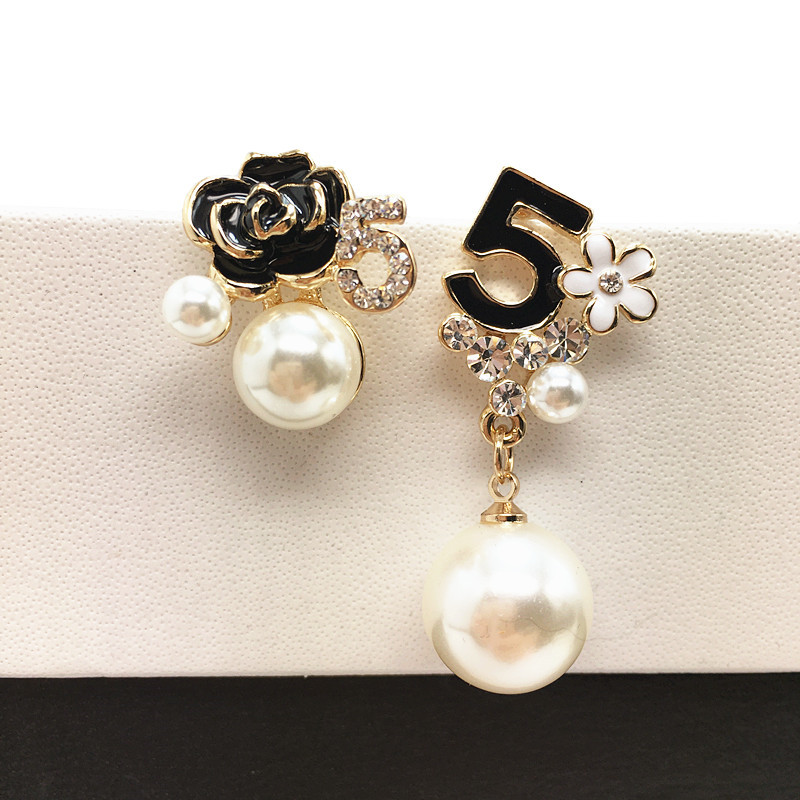 E103 Pearl Number 5 Long Dangle Chain Famous Brand