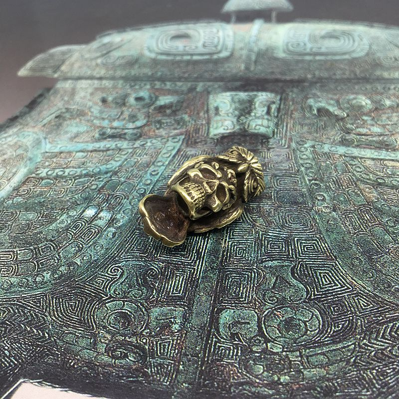 1PC Brass Owl Skull Knife Beads  Paracord Knife Leather Lanyard Bead Keychain Flashlight Pendant EDC Outdoor Pocket Tool