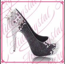 Aidocrystal schwarz und weiß handgefertigte Mode stiletto pumps sexy frauen high heel schuh mit kristall freies verschiffen