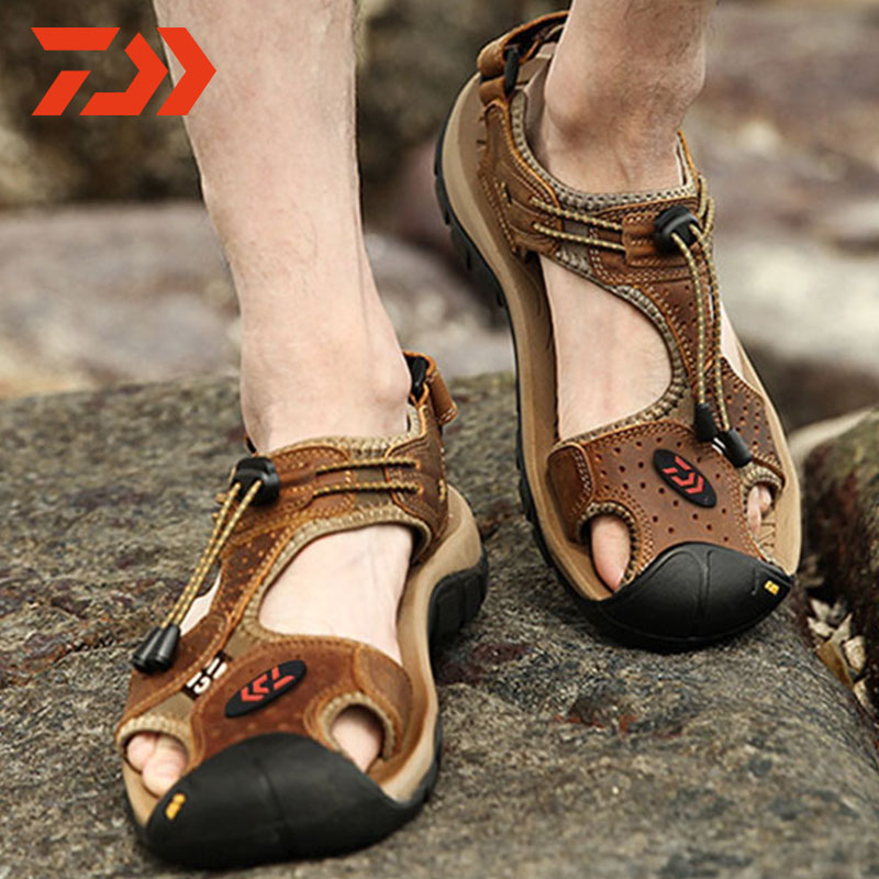 DAWA Fishing Shoes Summer Hiking Climbing Outdoor Breathable Water Sandals Leather sandals
