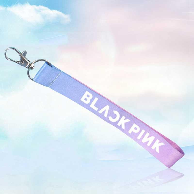 Youpop Blackpink ليزا دبوس ألبوم تلون اسم مفتاح سلسلة K-البوب مفتاح قلادة عصابة كيرينغ الليزر المفاتيح