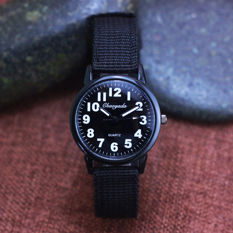 2018 Famous Hot Seller Children Boys Canvas Breathable Quartz Wristwatch Students Kids Clear Digital Military Fashion Watches