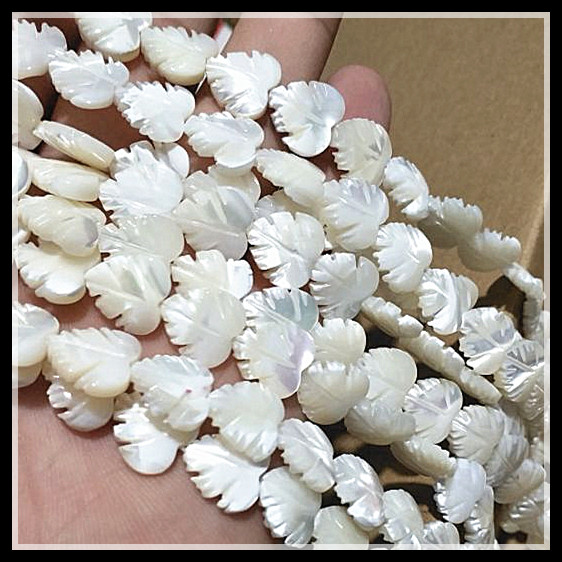 34pcs White Shell Strings Saltwater Mother Of Pearls Carving Leaf Size 12mm Shell Beads Accessories