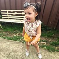 Summer baby girl small fresh floral sets floral blouse + bow shorts Fashion Casual Sets