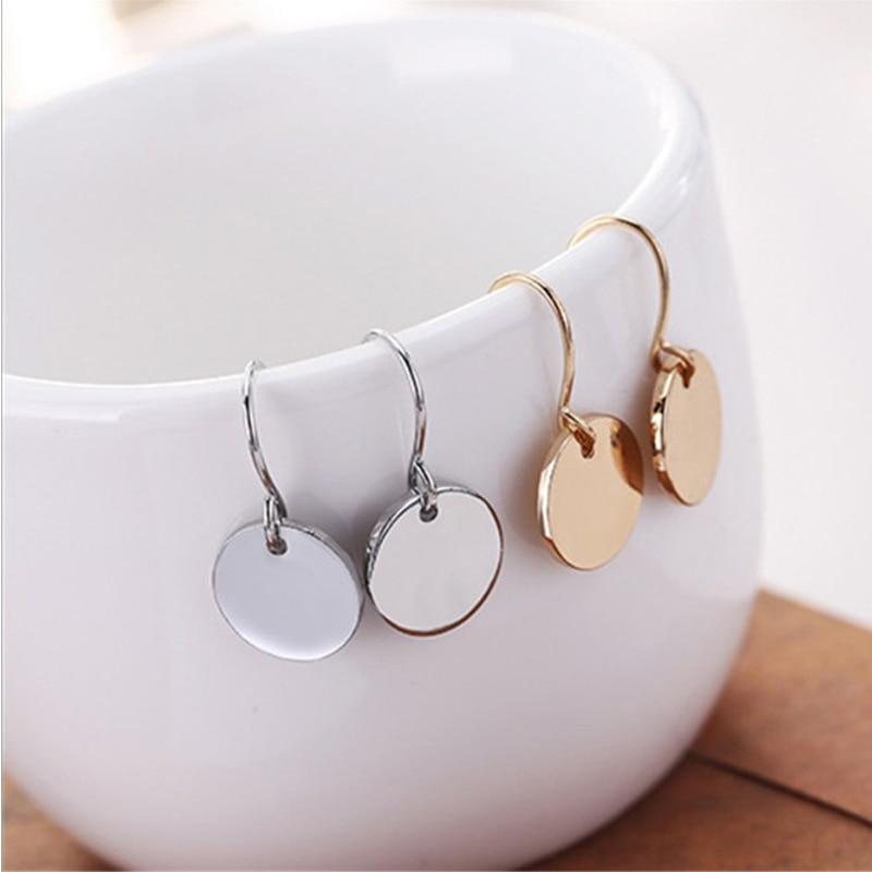 SexeMara Hot Sale Fashion Jewelry Mini Metal Geometric Earrings For Women Earrings Round Wafer Women Gift Stud Earring Brincos