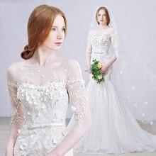Vestido de noiva 2017 Da Princesa Vestido De Noiva Uma Linha Longa Escova de Trem Até o Chão Fora do Ombro o Pescoço Apliques de Renda flores(China (Mainland))