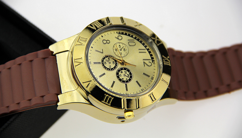 Watch with electric lighter
