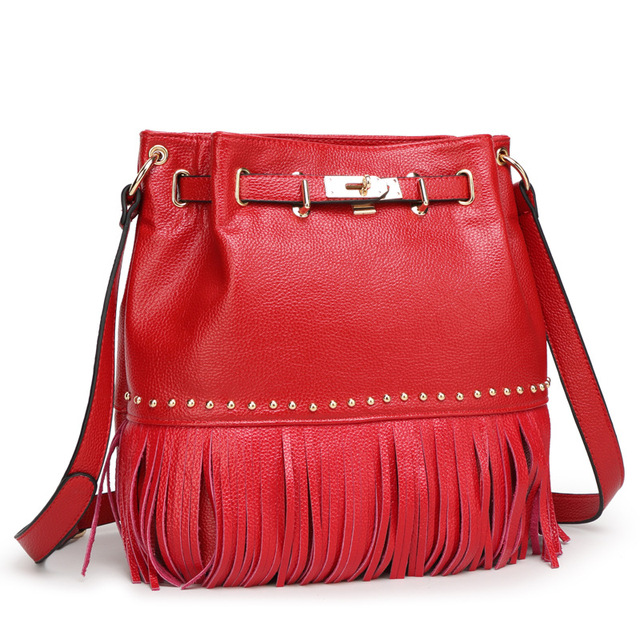 2016 женская мода кожаная сумка сумка дамы кожаные сумки с бахромой платины заклепки ведро мешок