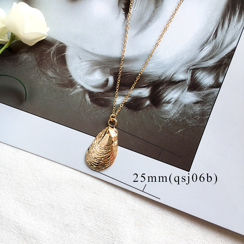 19 New Fashion Gold Color Alloy Cowrie Shell Necklace for Women Conch Chain Pendant Necklace Summer Jewelry Starfish Collar 7