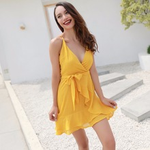 New Zealand summer hot new fashion personality v-neck wave lotus leaf loose sling slim sexy woman dress