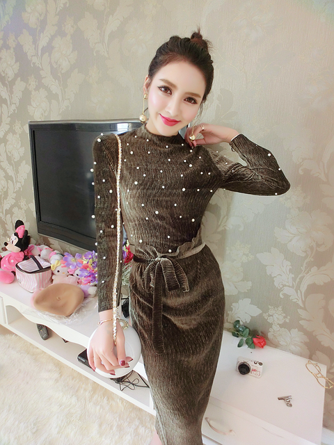 Fashion 2017 Women 2 pcs Set Skirt Suits Autumn Long Sleeve Beading Pearls Fashion Two Piece Tiwnset Velvet Midi Long Dress Sets