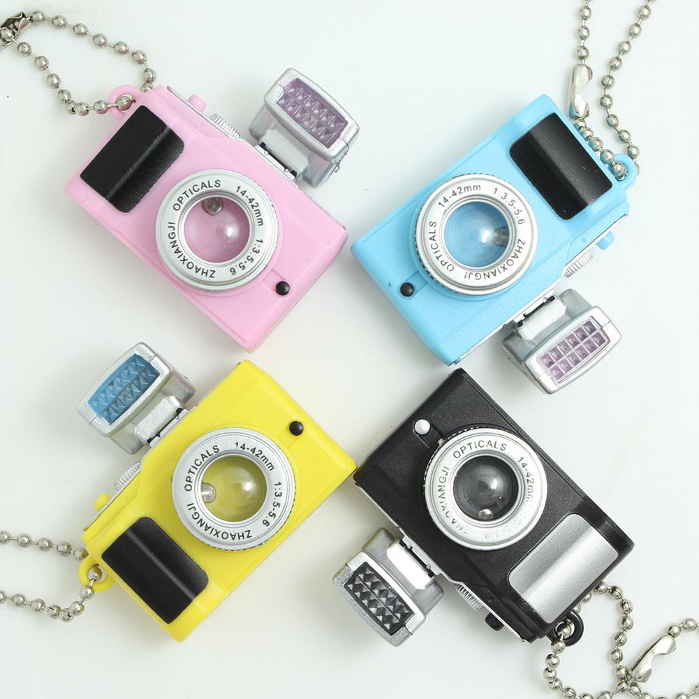 zheFanku Camera Led Keychains With LED Flashlight Key Chain Keyring Amazing  Gift Keychain For Women Men Cute Creative Keychain 0867e50c4d