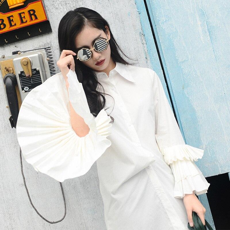 Nouvelle mode noir blanc chemise 2018 Style de rue volants à manches longues Flare décontracté lâche femmes hauts et chemisiers Blusa Feminina