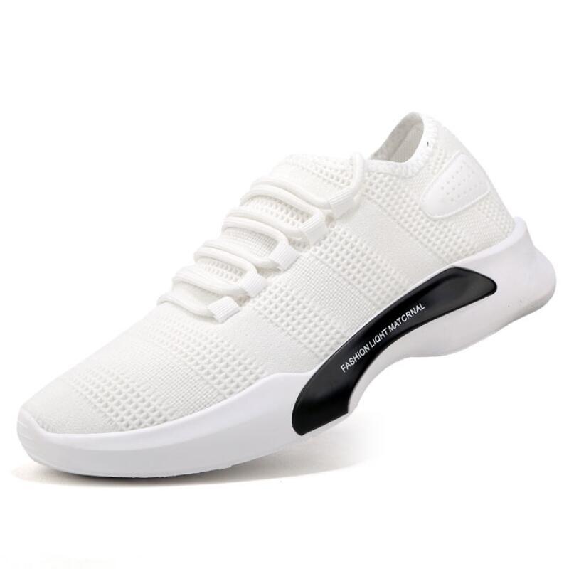 2018 Nouveau Hommes Chaussures Sneakers Homme Casual Toile Mocassins Chaussures Lumière Respirant Kanye West Marque Conception Style Printemps Été Automne