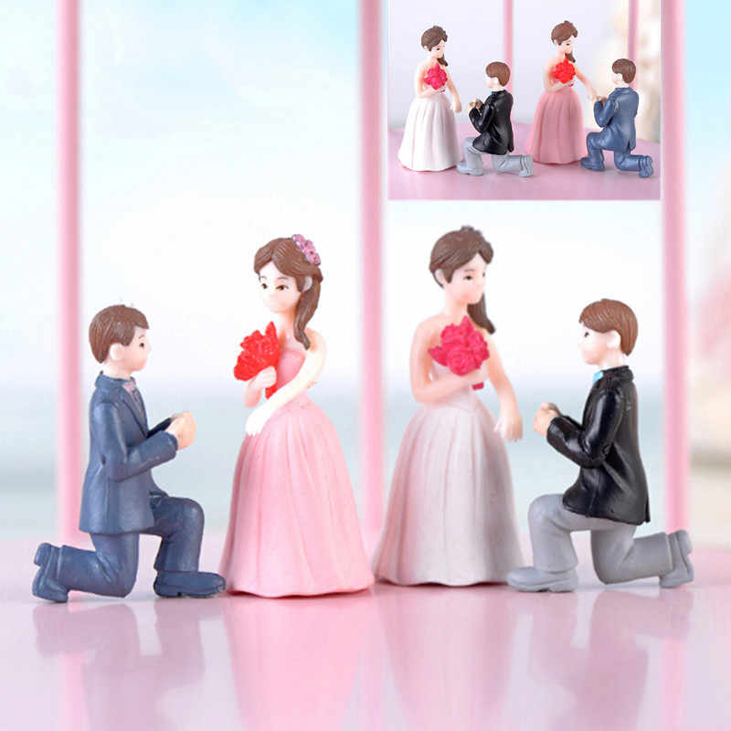 Propose Marriage Lover Figurines Wedding Doll Miniatures Couple Models DIY PVC Craft Ornament Garden Decoration