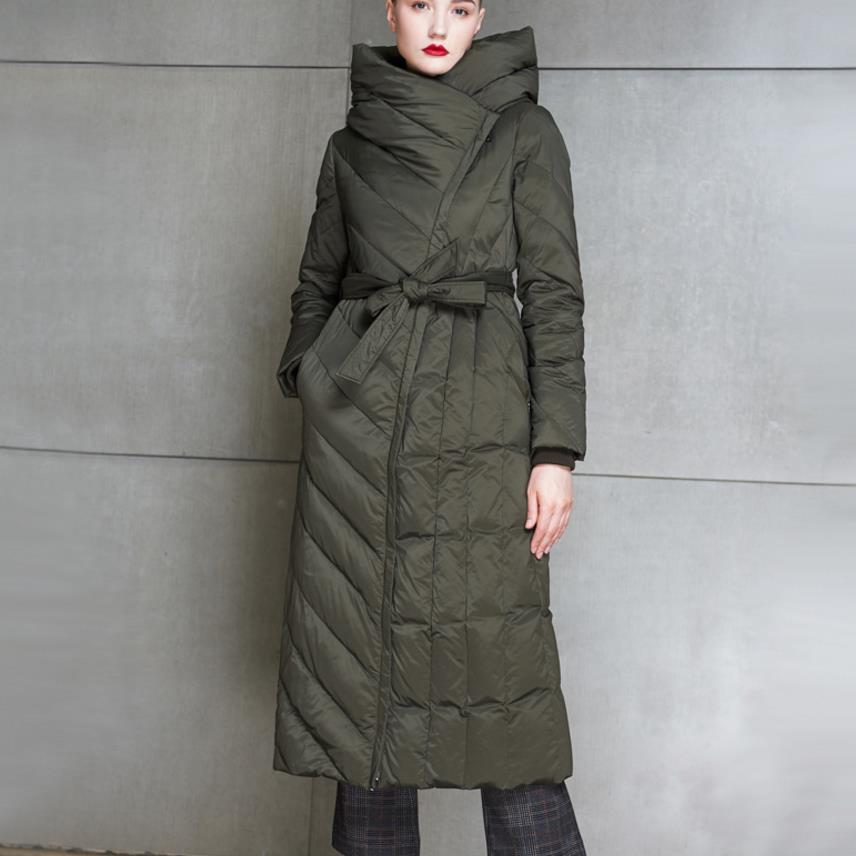 2018 New Arrival Long Sleeve Hooded Winter Down Coat Long Design Slim Plus Size  Women White Down Jacket