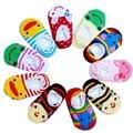 6-12 Meses de bebé de dibujos animados punto de goma inferior antideslizante piso calcetines de tubo corto calcetines de la nave de color compuesto envío gratis