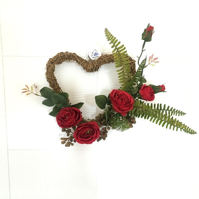 34x30cm Artificial Silk Rose Flowers Heart Shaped Door Wreaths Wedding Christmas Party Car Decoration