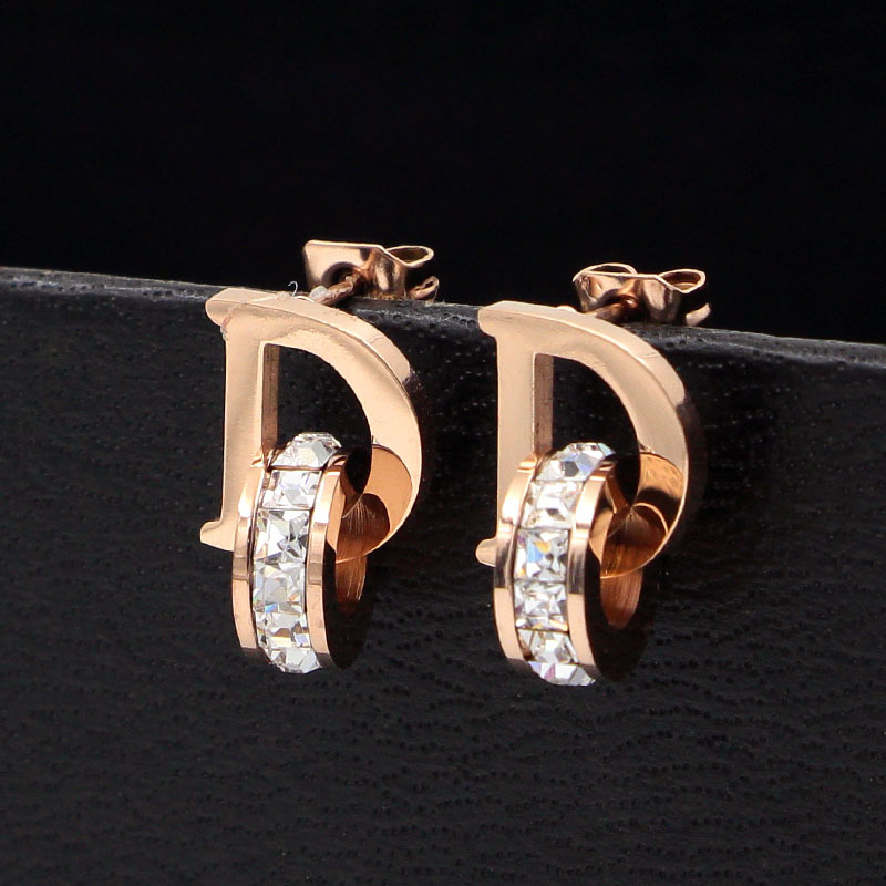 Small and Exquisite D Letters and Crystal Stud Earrings for Women Titanium Steel Brand Jewelry Earrings For Mother's Day Gift
