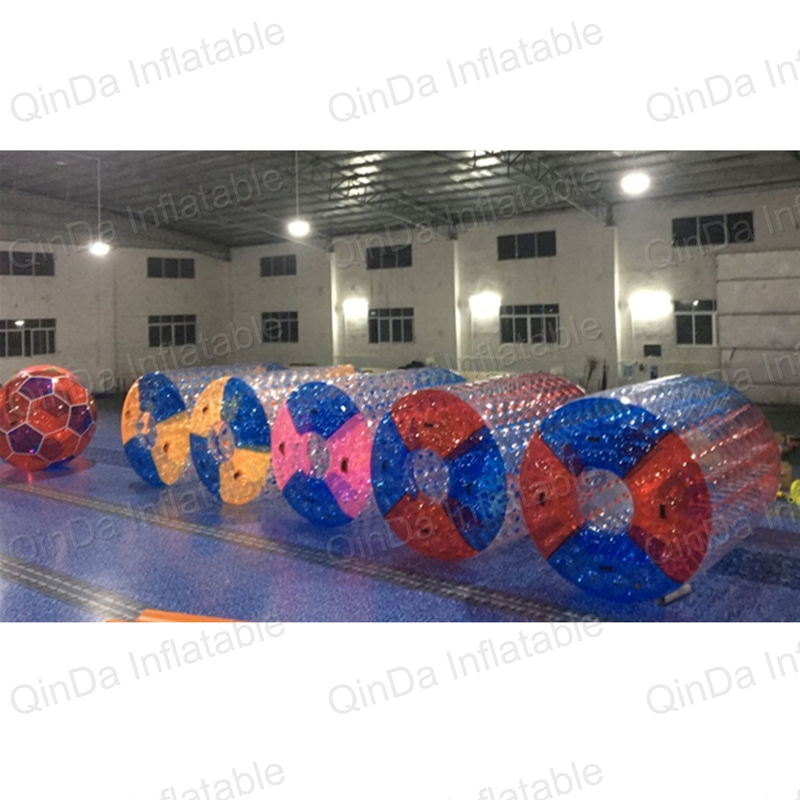 2.4m Long Inflatable Roller Ball Floating Pool Toys Water Rolling Ball Infaltable Water Roll For Kids And Adults 6 5ft diameter inflatable beach ball helium balloon for advertisement