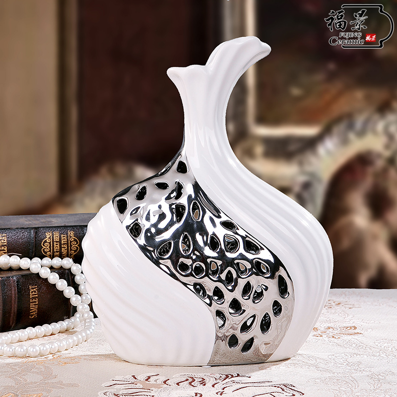 living room decoration decoration Home Furnishing vase landing craft ornaments white wedding gift European large vase