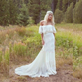 Vintage Bohemian Hippie Wedding Dresses 1970s Off Shoulder Sleeves A-line Lace Backless Modest Boho Bridal Gowns Court Train