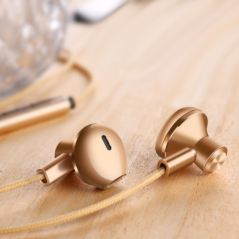 New Fashion 3.5mm Wired Phone Earphone with Mic Sport Universal In Ear Noise Cancelling Metal Stereo Bass Earbuds Gold Gray Red dhl free 2pcs black white m6 pro universal 3 5mm wired in ear earphone noise isolating musician monitors brand new headphones