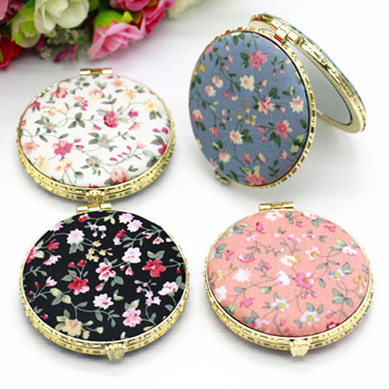 1pc Mini Retro Makeup Mirror Makeup Compact Pocket Flower Mirror Portable Double-Sided Folding Cosmetic Mirror Female Gifts nyx professional makeup двустороннее зеркало dual sided compact mirror 03