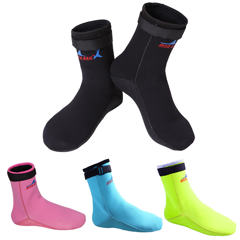 3MM diving socks men and women 39 s neoprene rubber beach snorkeling socks keep warm and anti skid winter swimming diving shoes in Swimming Gloves from Sports amp Entertainment